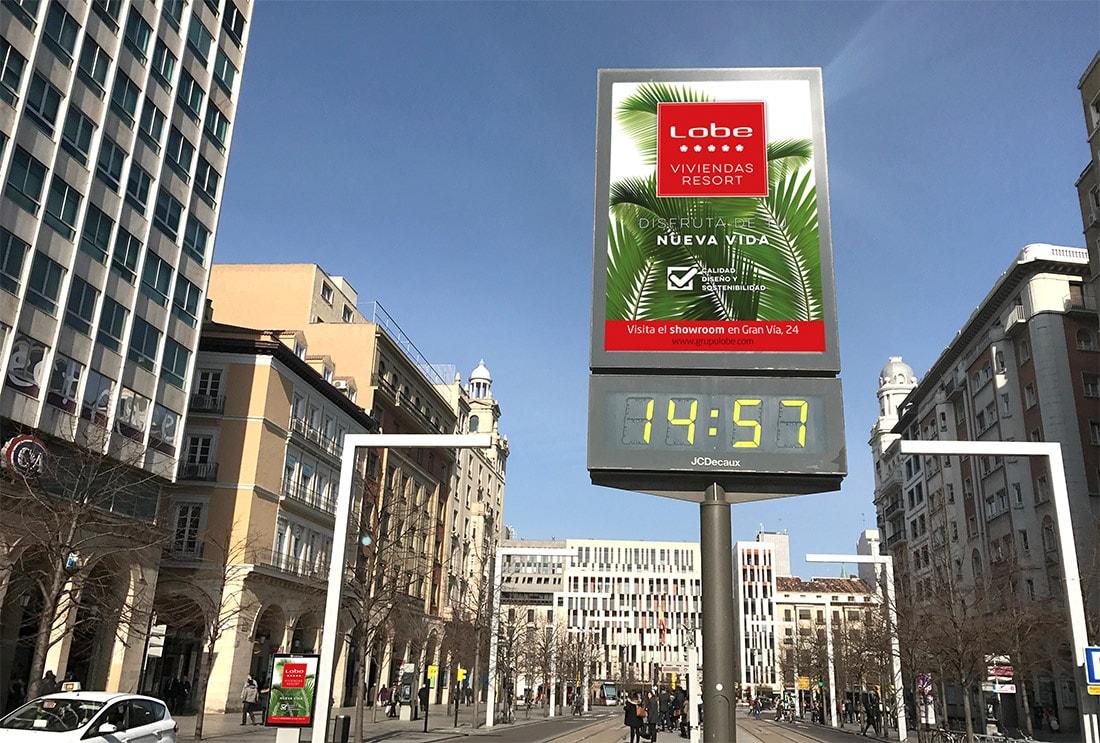 Diseño gráfico mupis para campaña Viviendas Resort. Grupo Lobe